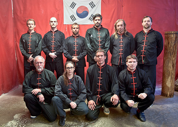 Trainer und Studenten der Kampfkunst-Schule Nord Shaolin Kung Fu Wien - Juni 2017
